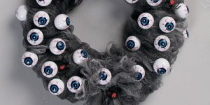Decorative DIY Halloween Wreaths